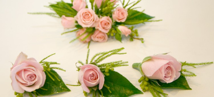 Traditional Corsage and Buttonieres