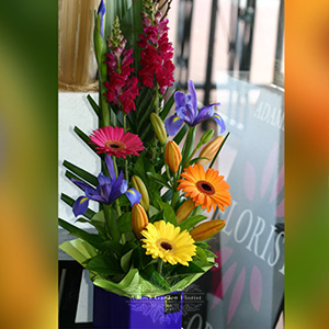 floral-arrangement-delivered-gold-coast