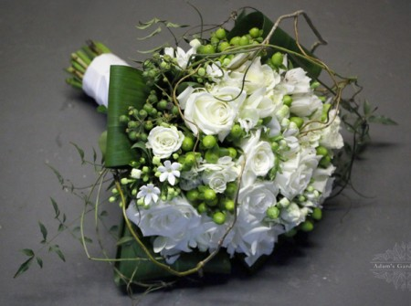 gold coast white wild bridal bouquet