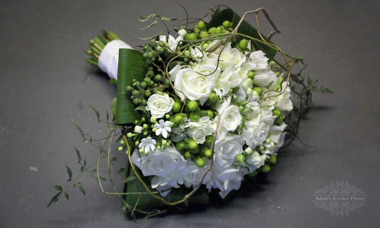 gold coast white wild bridal bouquet