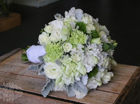 white green and grey wedding gold coast florist