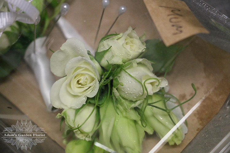 mother of the bride and groom mini corsage gold coast wedding flowers parkwood