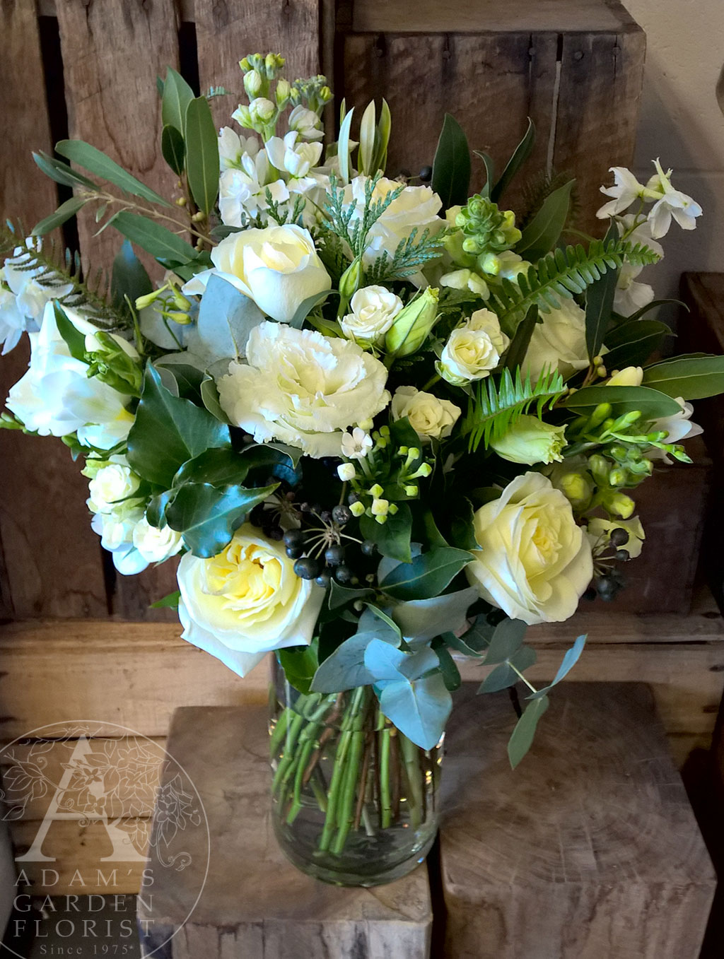 White and green informal posy wedding flowers gold coast