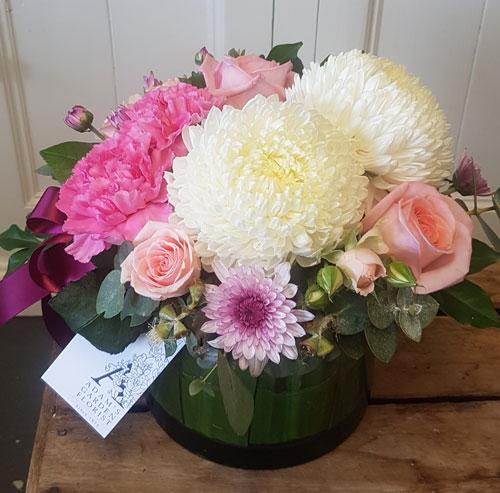 flower arrangement in vase Gold Coast delivery